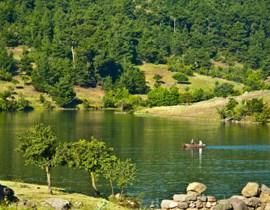 obam termal göl manzarası güneşli